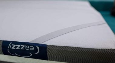 Eazzzy Topdekmatras   Ergonomische matrastopper